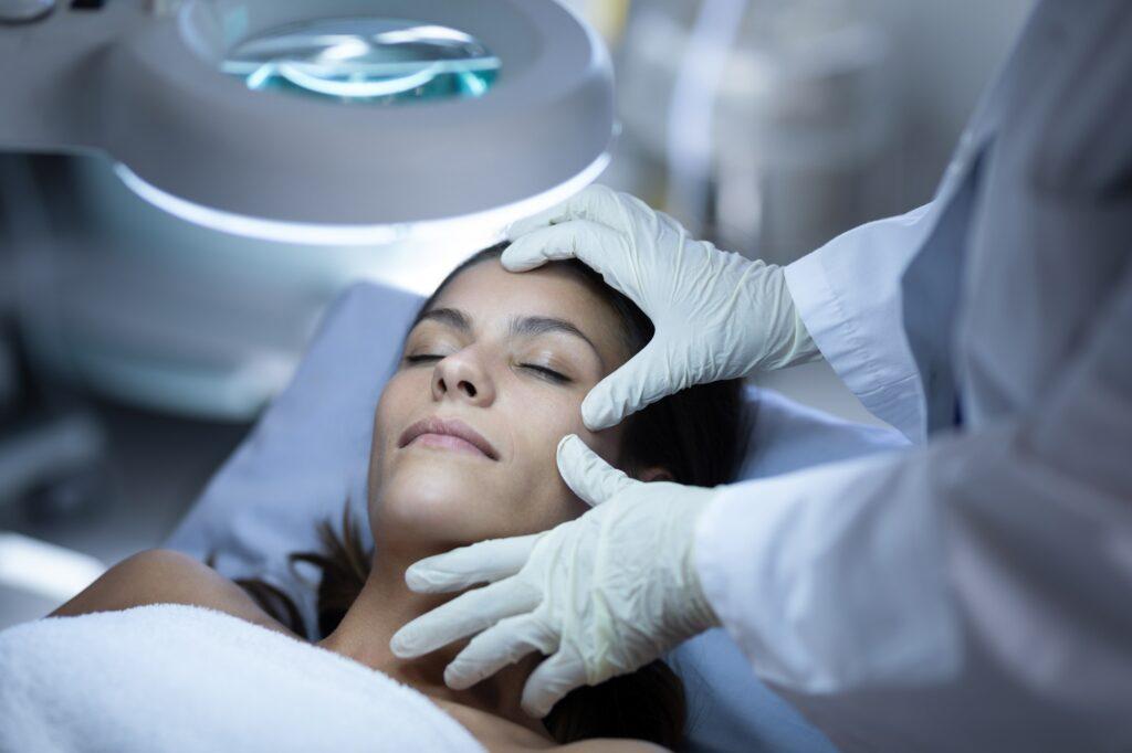 Schönheits-Operation